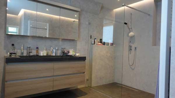 Stucwerk Badkamer Waterdicht : Uw badkamer waterdicht gestuct in betonlook venetiaanse look of